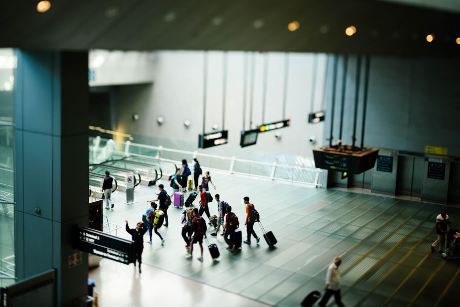 Why Airports Want To 'Digitalise' Retail